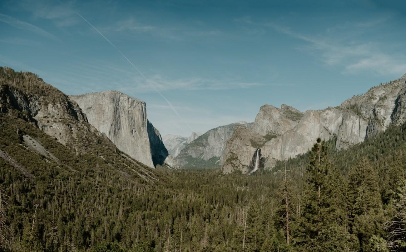 Yosemite Tunnel View Engagement Session Yosemite Wedding Photographer Anais Possamai Photography 01