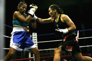 Ana Julaton boxing
