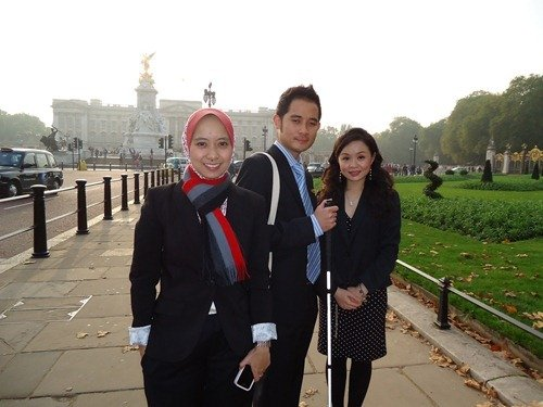 With two other Malaysian chevening scholars
