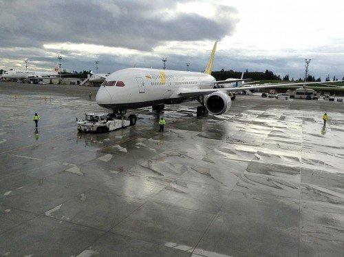 3-787 Dreamliner