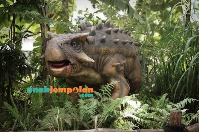Dino8b