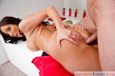 Kelly Divine drilling in the shower with her gigantic funbags in Donk Masterpiece