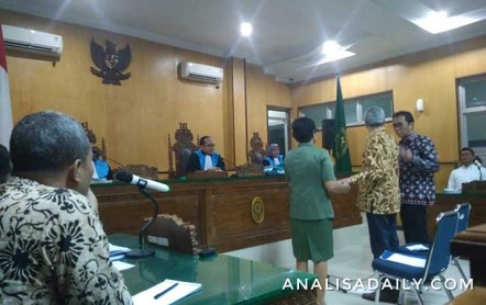 penerjemah di pengadilan