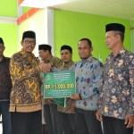 Kemenag Aceh Besar Salurkan Bantuan Organisasi Keagamaan