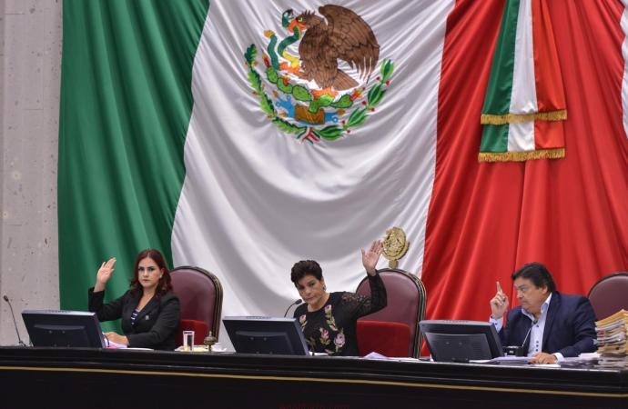 Modifica LXIV Legislatura la integración de 10 Comisiones Permanentes