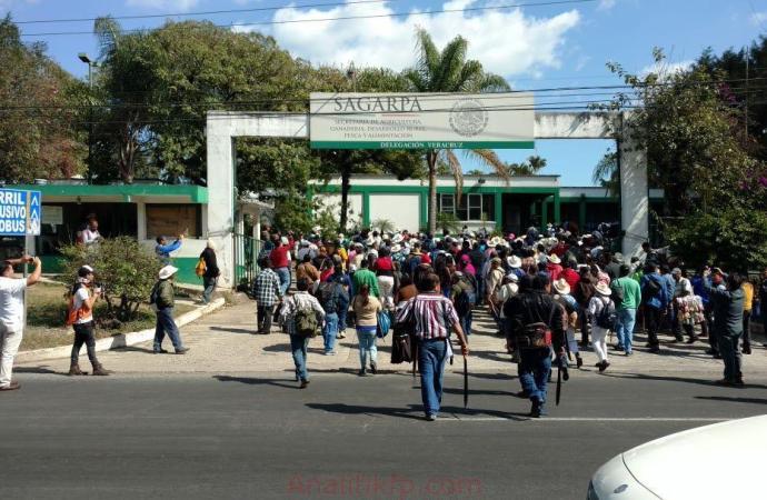 Orden a manifestantes agrarios