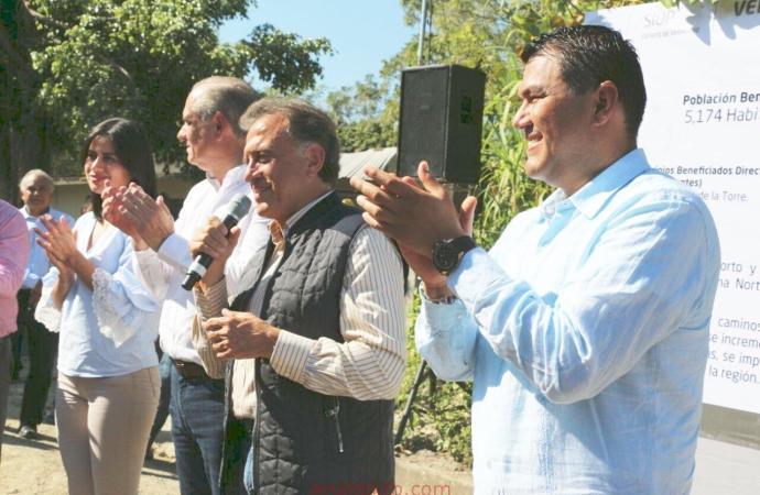 MISANTLA SE TIENE QUE CONVERTIR EN UN MUNICIPIO FUERTE Y EN GRANDE: OTHÓN HERNÁNDEZ