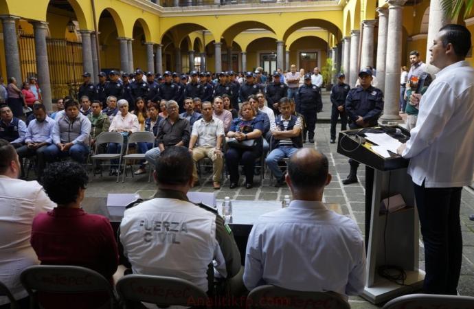 COATEPEC EQUIPA A SU POLICÍA MUNICIPAL
