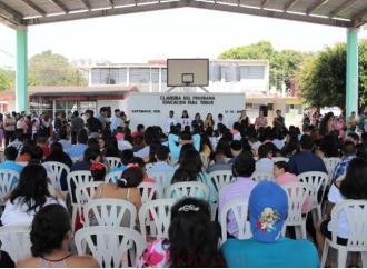 Impulsar la educación, es nuestro compromiso con Veracruz: Juan Javier Gómez Cazarín