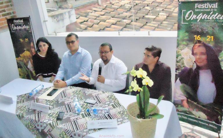 Cuatro en uno Feria Internacional de la Orquídea Coatepec 2019