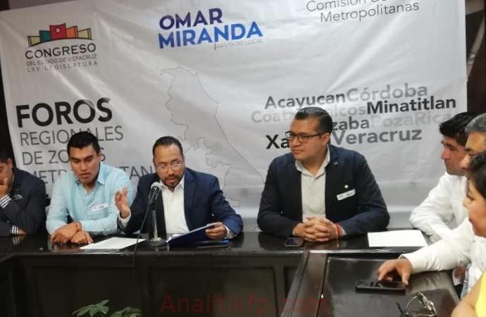 ENRIQUE FERNÁNDEZ ASISTE AL FORO REGIONAL DE ZONAS METROPOLITANAS