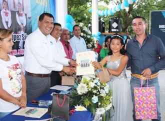 Apoyaré a las 204 instituciones educativas del municipio: Othón Hernández