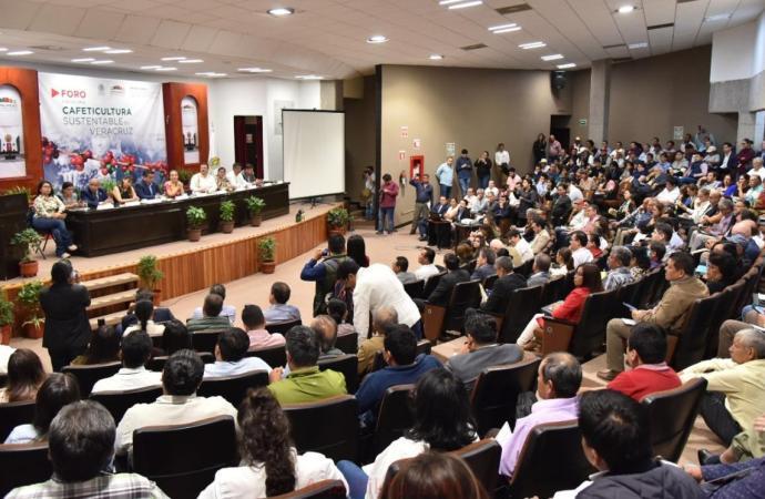 Realizan foro que prevé crear una reforma integral a la Ley del Café del Estado