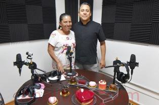 En el mes del amor y la amistad, rifa de pasteles en Radio Ciudadana Xalapa