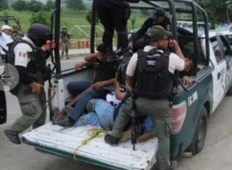 """Fuerza Civil y SSP desalojan con golpes y detenciones a campesinos en """"Cumbre Tajín"""""""