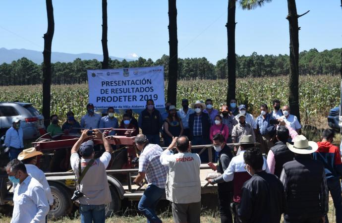 Entregó SEDARPA recursos por seis MDP a productores del Valle de Perote