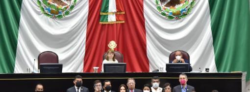 En tribuna, denuncia diputada Mónica Robles caso de violencia de género