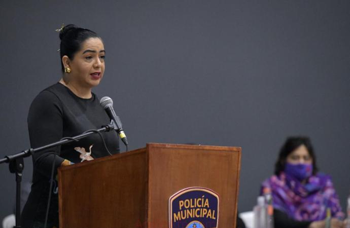 Congreso, comprometido con derechos de las mujeres: Linares Capitanachi