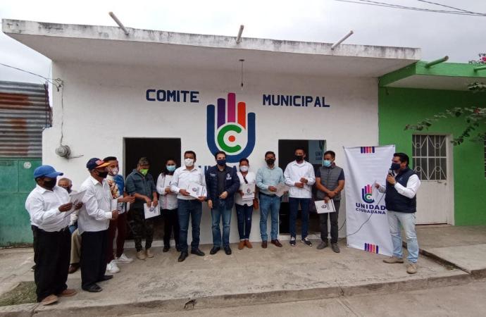 Compromiso social y sensibilidad política, lo que necesita Veracruz: Francisco Toriz