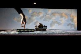 ©Jaco Van Dormael, Michèle Anne de Mey et le collectif Kiss & Cry / crédit : Marteen Vanden Abeele