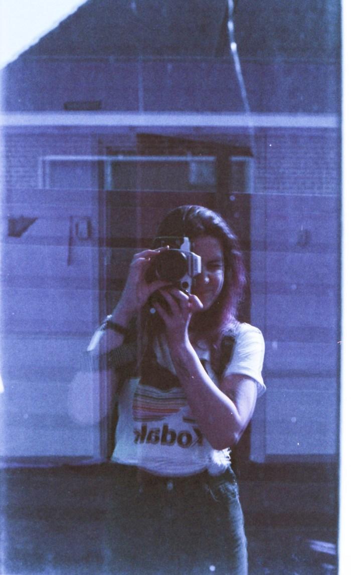 Lomochrome Purple Canon EOS 50E portret