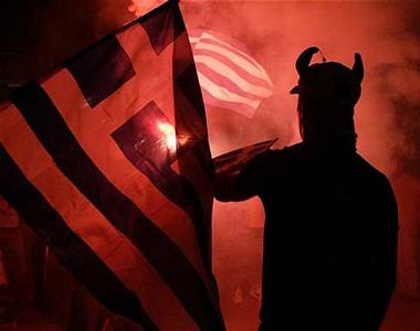 Ελληνική-σημαία-και-ο-διάβολος-Εξ.