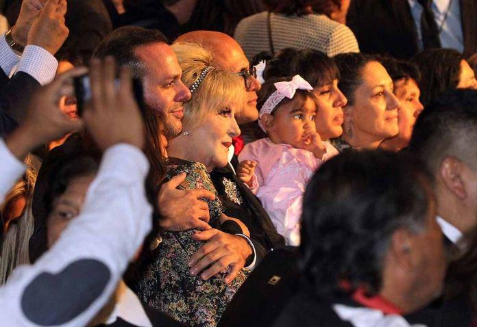 José Joel, su madre Anel, Marysol y la nieta que nunca conoció José José por estar distanciado año y medio de su familia en México