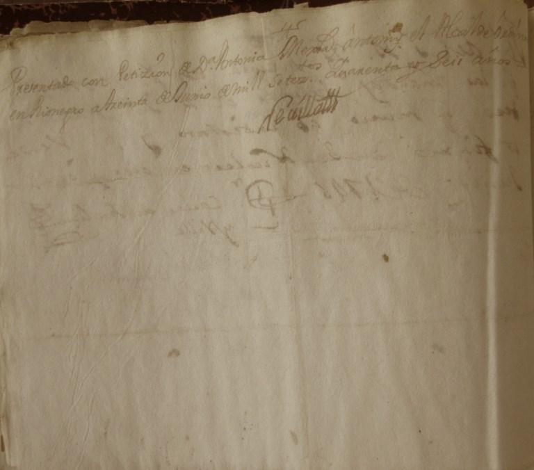 [Folio 18v] Presentado con petición de doña Antonia Mejía, ante mí el alcalde ordinario en Rionegro a treinta de junio de mil setecientos cuarenta y seis años. / Rivillas