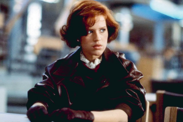 5. Initially, Vivian was supposed to be played by Molly Ringwald.
