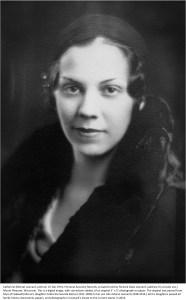 Catherine (Morse) Leonard, portrait (P17-0018)