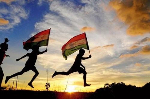 Best Bollywood Songs For Independence Day Playlist (Update 2018)
