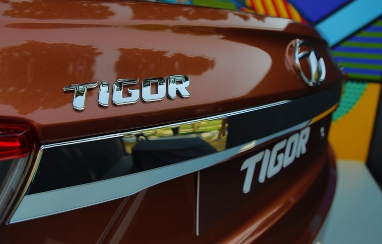 Tata Tigor - First Look, Drive And ME! | #TIGORStyleBack
