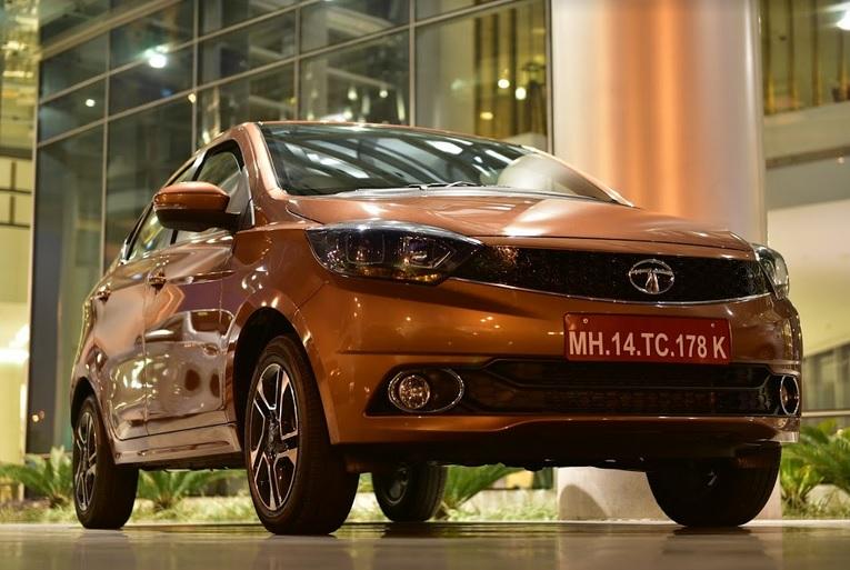 Tata Tigor - First Look, Drive And ME! | #TIGORStyleBack