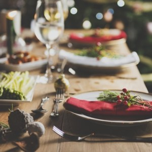 Hosting A Party? These 7 Dishes Will Make You The Perfect Host