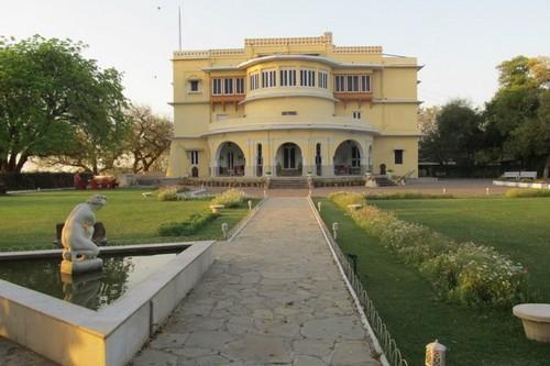 اكثر 10 اماكن مسكونة في الهند