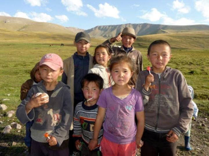 كم يبلغ عدد سكان قرغيزستان
