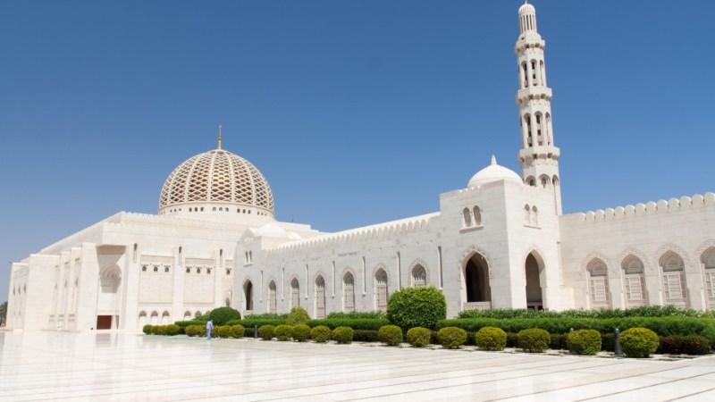 ما هي أكبر الأديان في دولة سلطنة عمان