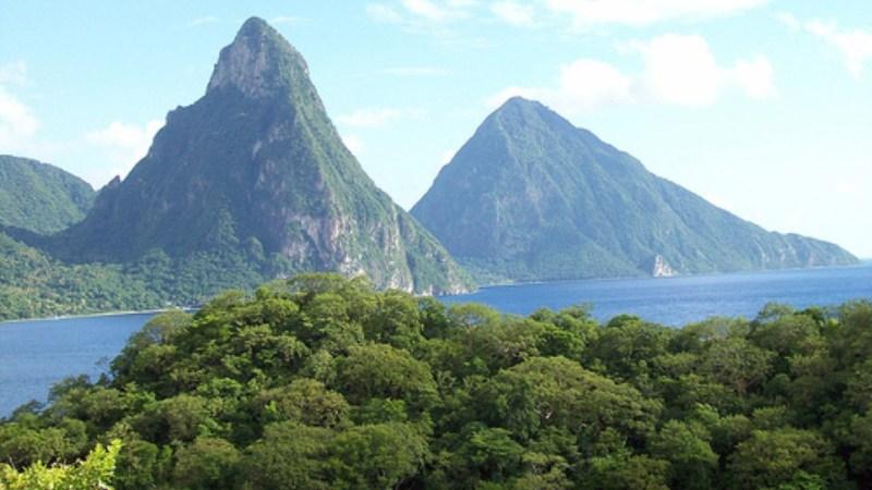 أعلى 10 قمم جبلية في الكاريبي