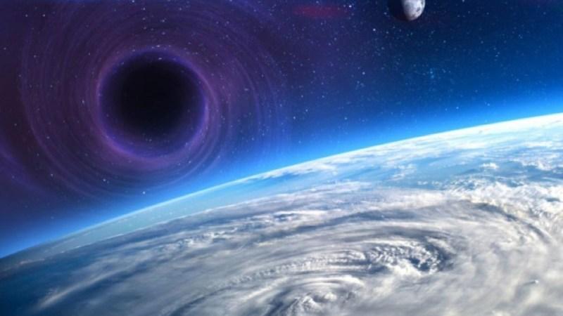 ما هو أقرب ثقب أسود الى كوكب الارض