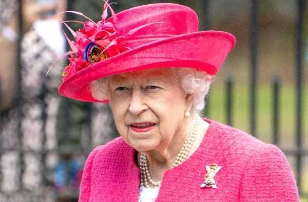 من هو ملك بريطانيا