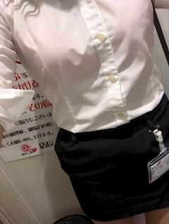 新橋キャバクラ【an_an(アンアン)】100%現役女子大生ラウンジ はづき プロフィール写真