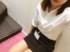 新橋キャバクラ【an_an(アンアン)】100%現役女子大生ラウンジ まな プロフィール写真