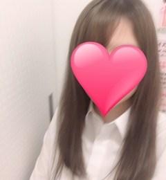 新橋キャバクラ【an_an(アンアン)】100%現役女子大生ラウンジ みな プロフィール写真