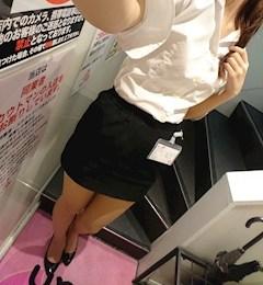 新橋キャバクラ【an_an(アンアン)】100%現役女子大生ラウンジ ゆり プロフィール写真