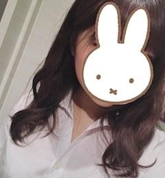 新橋キャバクラ【an_an(アンアン)】100%現役女子大生ラウンジ りん プロフィール写真