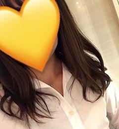 新橋キャバクラ【an_an(アンアン)】100%現役女子大生ラウンジ わかな プロフィール写真