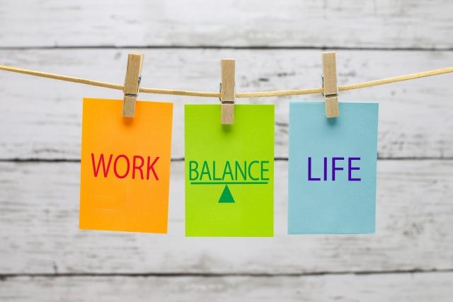 WORK、BALANCE、LIFEと書かれたカードの写真