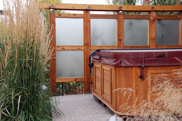 outdoor privacy screens double