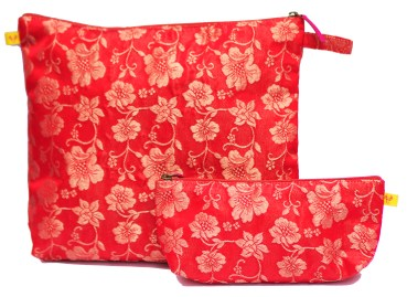 Travel set in Red brocade