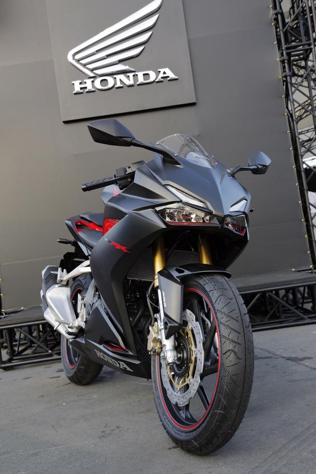 Honda CBR250RR Hitam Doff Nampang Di Suzuka JepangSadis
